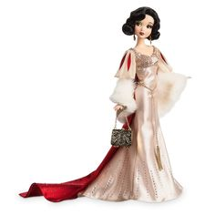 Disney Designer Collection Premiere Series Snow White Doll LE 4100 In Hand Disney Barbie Dolls, Disney Princess Dolls, Disney Animator Doll, Disney Princess Dresses, Disney Dresses, Star Wars Merchandise, Disney Merchandise, Vestido Rose Gold, Princesa Ariel Disney