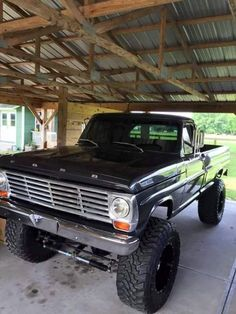 Vintage Trucks Old school bad ass ford truck Classic Ford Trucks, Ford Pickup Trucks, 4x4 Trucks, Diesel Trucks, Custom Trucks, Lifted Trucks, Cool Trucks, Classic Cars, Ford Diesel