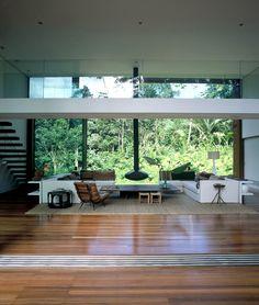 AC Iporanga / Studio Arthur Casas #living #patio #yard #green #view
