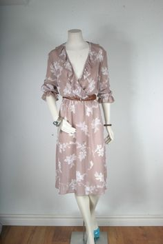 Vintage dress ruffle brown white floral Bohemian by sparrowlyn, $64.00
