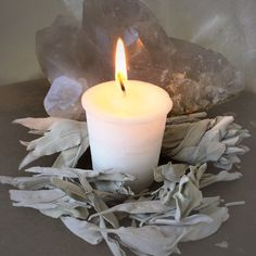 White Sage Votive: White sage is a ceremonial herb known in magic to draw positive spirits and discourage the presence of any unwanted energy. Even in medicine, white sage has been used for centuries to purify and cleanse due to its natural antimicrobial properties.