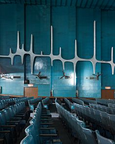 Neelam Cinema - Le Corbusier + Pierre Jeanneret, city of Chandigarh Pierre Jeanneret, Le Corbusier, Chandigarh, Mid-century Interior, Interior And Exterior, Color Interior, Villa Savoye, Architecture Design, Architecture People