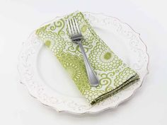 Zinnia Dinner Napkin in Kiwi from Southern Sisters Home
