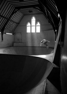meowingwithcats:  o-steez:  o-steez: what a church!  whaaaat