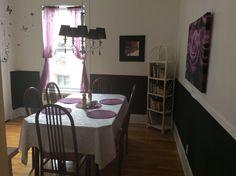 Salle à déjeuner pour ceux qui veulent rester en couple ou quelques personnes au Couette & Café À la Québécoise au Centre - Ville de Québec  418-529-2013