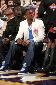 Swizz Beatz Showing off his Gucci Sneakers | UpscaleHype.....thats d wade really lol