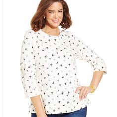 Karen Scott Sport 3/4 Sleeve Tee - 2X LOVE this top! It's super soft, and it's covered with birds ((put a bird on it!)). It runs really large, so if you like oversized it's great. Brand new with tags and retails for $44.50. Enjoy! Karen Scott Tops Tees - Long Sleeve