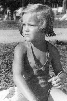 Romy Schneider, 1940