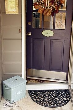 Trendy front door colors with tan house entrance black shutters ideas Purple Front Doors, Purple Door, Painted Front Doors, Front Door Colors, Red Doors, Front Door Porch, House Front Door, House Entrance, Front Entry