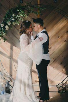 Heavenly Celestial Ideas for a Winter Sky Wedding Star Wedding, New York Wedding, Wedding Shoot, Blue Wedding, Crystal Wedding Dresses, Romantic Updo, Winter Sky, Creative Wedding Ideas, Lesbian Wedding