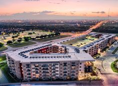 A bird eye view of Jefferson Riverside luxury apartments in Irving Texas. Architectural photography by PanaViz.