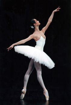 Mathilde Froustey, from Paris Opera Ballet
