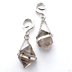 Clear Crystal Dangles with Silver Coils in 8g from Diablo Organics $280