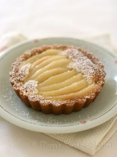 Piggy's Cooking Journal: TWD: French Pear Tart