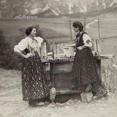 Italian Vintage Photographs ~ Portrait of women in costume Ampezzo, Cortina d'Ampezzo, Belluno. Vintage Italy, Foto Vintage, Aviano Italy, Italian Women, Italy Fashion, Draped Fabric, Folk Costume, Italian Style, Vintage Photographs