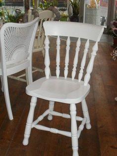 Stühle - Stuhl Holz Shabby Weiß Massiv Verspielt 4 Stück - ein Designerstück von Die-Ideenschmiede bei DaWanda