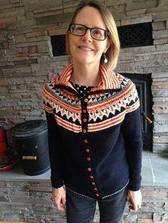 Ravelry: Oranje pattern by Ann Weaver