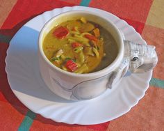 Indiase curry met paprika, ui, kastanjechampignons, tofureepjes en noedels soep | www.Alternatief-Idee.net