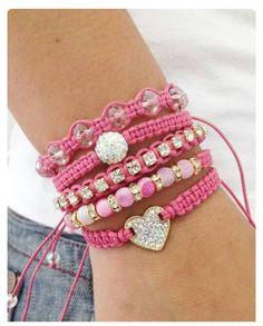 Beste Jewerly Design DIY Freundschaftsbänder Ideen - New Sites Bracelet Crafts, Crochet Bracelet, Jewelry Crafts, Jewelry Ideas, Hemp Jewelry, Macrame Jewelry, Handmade Jewelry, Jewellery, Handmade Bracelets