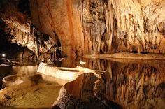 海外旅行世界遺産 アグテレック・カルストとスロバキア・カルストの洞窟群の画像 スロバキアの絶景写真画像ランキング  スロバキア