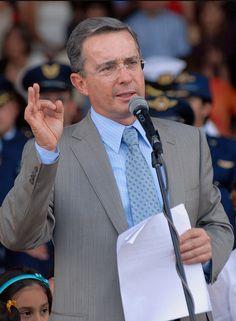 Uribe Un.png