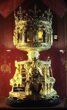 19th century reliquary of The Holy Crown of Jesus Christ, preserved at Notre-Dame, Paris.