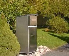 Suomalaiskeksintö jääkaapin ja postilaatikon yhdistelmä ruoan jakeluun.