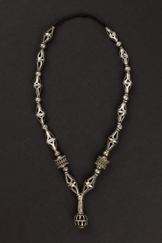 Yemen   Necklace made of silver beads with a filigree decoration and micro granulation   ca. early 1900s   Euro 950