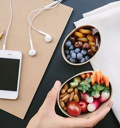 15 Healthy Snacks You Can Take to Work