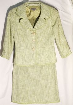 ANN TAYLOR 98% Cotton Skirt Suit - Shades of Green - Green Pleated Trim - Size 4 #AnnTaylor #SkirtSuit #ann #taylor #green #skirt #jacket #blazer #suit #trim #4