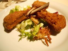 Braciole d'abbacchio fritte e scottadito Meat, Chicken, Food, Meal, Eten, Meals, Buffalo Chicken, Cubs