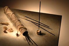 El poder de las piedras preciosas: Las monedas chinas Chakras, Casa Feng Shui, Smudge Sticks, Incense Sticks, Zen, Lighting, Home Decor, Eclipse Solar, Himalaya