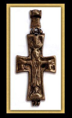 CROSS - Reliquary 11th-12th century,    11th-12th century.