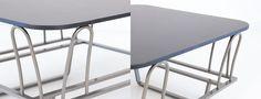 Cloud è un tavolino per outdoor dalla struttura in metallo verniciato dalle morbide forme raffinate e delicate, disponibile presso lo showroom di Rever. Showroom, Table, Outdoor, Furniture, Design, Home Decor, Shape, Outdoors, Decoration Home
