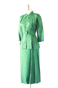 EMERALD CITY Vintage 40s Suit 1940s Green Rayon by lovestreetsf