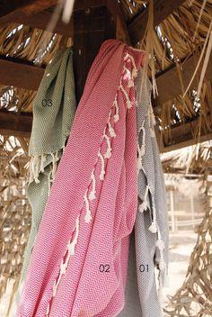 Πετσέτα Θαλάσσης - Παρεό Chevron σε 3 χρώματα by Rythmos Chevron, Crochet, Accessories, Fashion, Crochet Hooks, Moda, Fashion Styles, Fashion Illustrations, Crocheting
