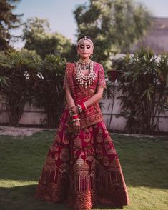 Red lehenga with patterns on lehenga skirt and dupatta with sequins on the blouse Indian Wedding Lehenga, Wedding Lehenga Designs, Designer Bridal Lehenga, Bridal Lehenga Choli, Indian Lehenga, Indian Bridal Outfits, Indian Bridal Fashion, Indian Bridal Wear, Indian Designer Outfits