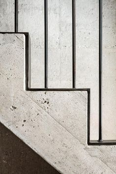 Concrete and steel stair detail in Major House in Münster, Germany by Roman Hutter Architektur. Concrete Staircase, Staircase Handrail, Interior Staircase, Staircase Design, Staircases, Banisters, Handrail Ideas, Metal Stair Railing, Stair Design