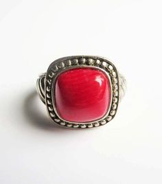 Vintage Red Coral Cabochon Ring. The Square, Domed Coral is bright red and is surrounded by an Antique Sterling Silver Setting. ● Ring Size 6 ●