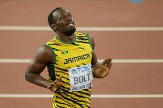 Braziliaanse flirt gooit intieme foto's in bed met Bolt online (+wie is deze…