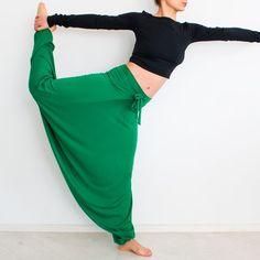 Harem Pants – Yoga long pants, workout pants, belly dancing pants – a unique product by orchideaboutique. Via en.DaWanda.com.