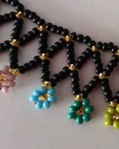 This Pin was discovered by nih Beaded Wedding Jewelry, Beaded Jewelry Designs, Handmade Jewelry, Seed Bead Necklace, Seed Bead Jewelry, Bead Jewellery, Beaded Necklace Patterns, Beaded Bracelets, Necklace Tutorial