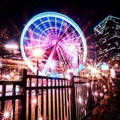 Ride Skyview Atlanta at night! Visit Atlanta, Atlanta City, Atlanta Georgia, Skyview Atlanta, Atlanta Attractions, Georgia On My Mind, Sky View, City Aesthetic, New City