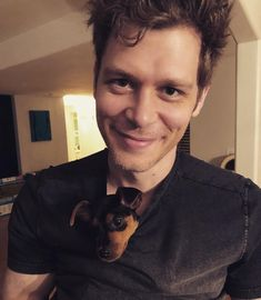 Joseph Morgan and pup Klaus From Vampire Diaries, Vampire Diaries Memes, Vampire Diaries Wallpaper, Vampire Diaries The Originals, Joseph Morgan, Robert Downey Jr, Don Draper, Daimon Salvatore, Klaus The Originals