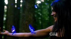 The 100 - CW - Butterfly tree - Octavia (Marie Avgeropoulos)