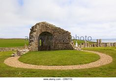 Ruins of 12th century Round Kirk (church of St Nicholas) at Orphir, Orkney Islands, Scotland, UK. - Stock Image