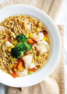 Eager for some Singapore comfort food? Slurp down a bowl of seafood noodles at home with this recipe.