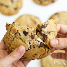 The world's best chocolate chip cookies with sea salt. Seriously, they are soooo good! #cookies #chocolate #nationalchocolatechipcookieday