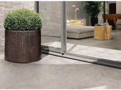 Pavimento para exteriores de grés porcelânico com efeito de pedra STONETRACK by Ceramiche Supergres
