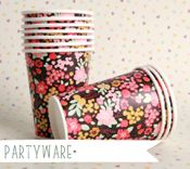 Love Mae   PARTYWARE - CUP 10OZ - STORMY BOUQUET / 12PC $9.95